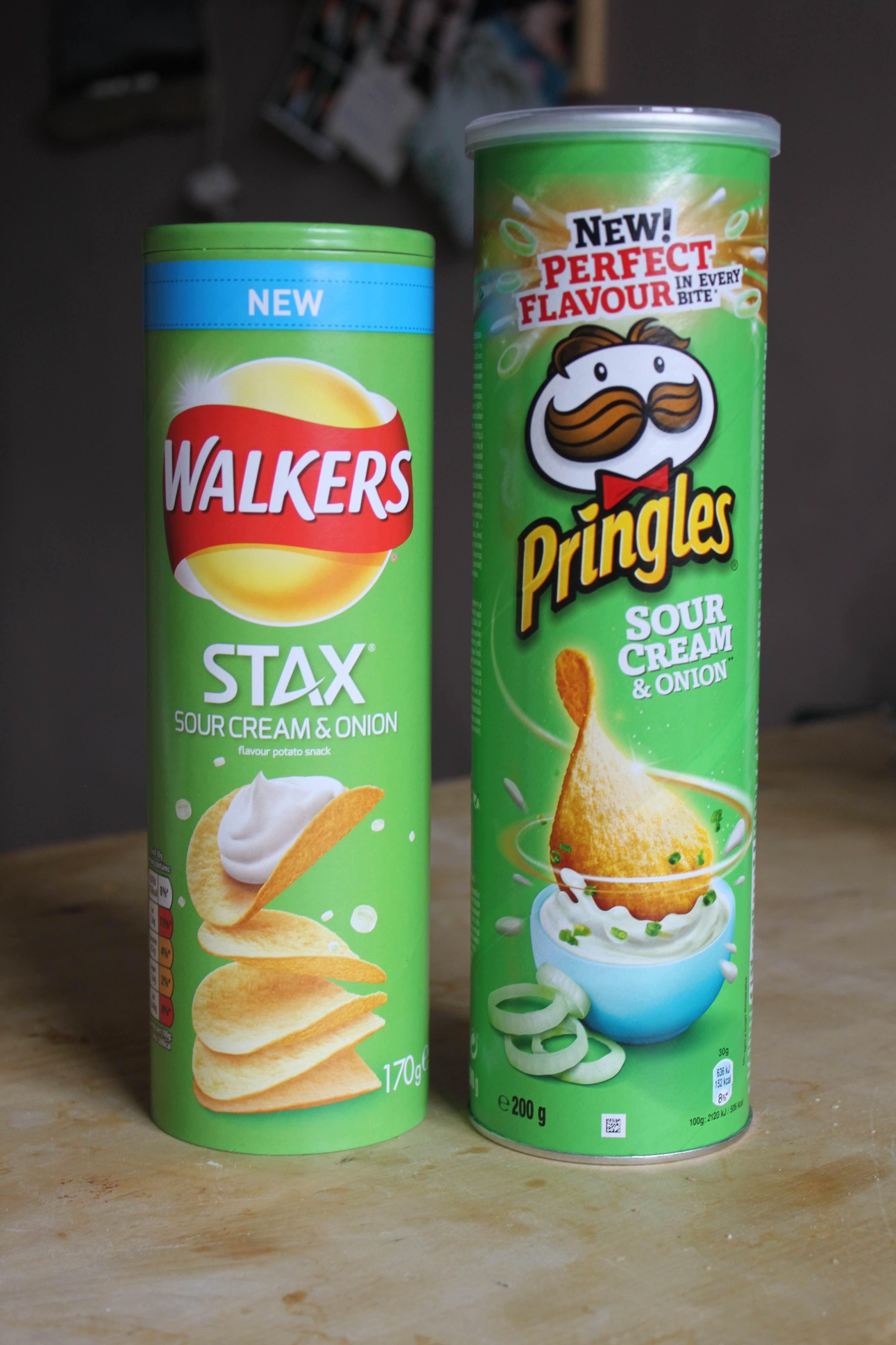 Pringles VS Walkers Stax